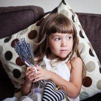 Девочка с лавандой :: Юлия Герман