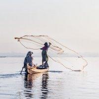 рыбалка в Мандалае :: Алексей Mukusu