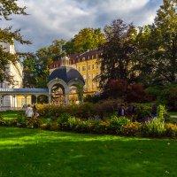 ...в парке. :: Михаил Пименов
