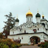 Никольский храм усадьбы Николо-Урюпино :: Алексей Литягов