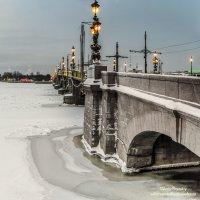 Всегда прекрасный Троицкий мост :: Valeriy Piterskiy