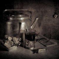Натюрморт с чайником :: Владимир Голиков