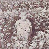 Цветы - моя стихия, сколько себя помню... 1956 год :: Нина Корешкова