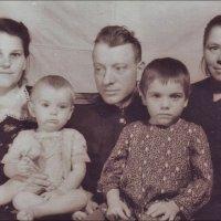 После скарлатины. 1953 год :: Нина Корешкова