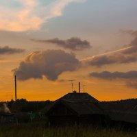 Вечер в деревне :: Виктория Воробьёва