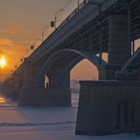 Мост на уходящее солнце :: cfysx