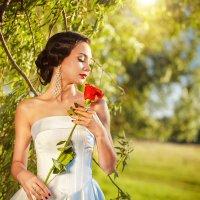 Вдыхая розы аромат :: Елена Оберник