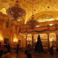 «Екатерининский зал» Большого дворца :: Елена Павлова (Смолова)