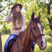 девушка с лошадью :: Алена (Творческий псевдоним А-ля Moment)