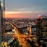Вечерний Бухарест. Вид из офиса, 22 этаж :: Vadim Zharkov