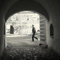 Монастырские стены :: Надежда Бахолдина