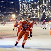 Звезды кино играют в хоккей :: Светлана Яковлева