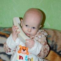 У меня зазвонил телефон: - Кто говорит? - Слон :: Ольга Тупякова