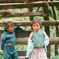 девочки попросили их сфотографировать.) :: Мяу Мяу