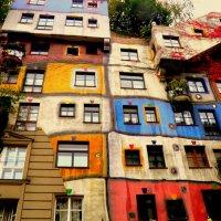 HUNDERT WASSER house - Вена :: Любовь Изоткина