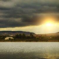 Озерцо в деревне :: Роман Ткаченко
