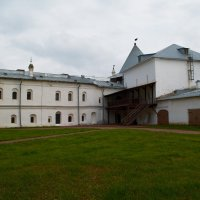 Юго-Западная башня Вологодского кремля :: Натали Зимина