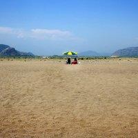 ...пляж на двоих... :: Дмитрий Цымбалист