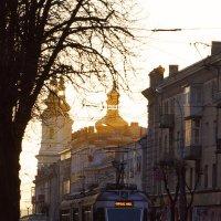 Утренний трамвай.. :: Натали Деметер