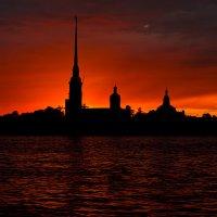 Петропавловка в закате :: Александра Strix