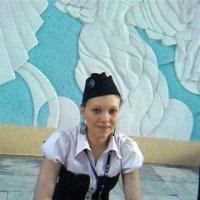 Девушка в пилотке :: Дмитрий Никитин