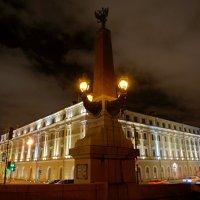 на углу Троицкого моста :: Валентина Папилова