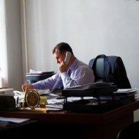 \\В кабинете начальника :: Владимир Ростовский