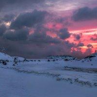 Пасмурная заря, или зимние острова. :: Фёдор. Лашков