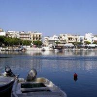 Озеро Вулизмени, Агиос-Николаос, Крит :: Ирина Сивовол