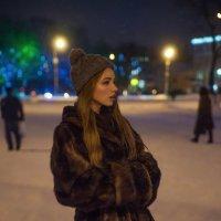 На площади :: Женя Рыжов