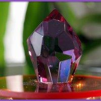 Кристалл из неодимового стекла :: Андрей Заломленков