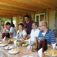В гостях у абхазской семьи. Застолье :: Елена Павлова (Смолова)