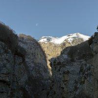Гора - Луна :: Роман Небоян
