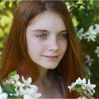 Весенний портрет :: Римма Алеева