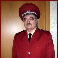 Кто сказал, что малиновые пиджаки остались в 90-х?)) (Форма Роспотребнадзора) :: Андрей Заломленков