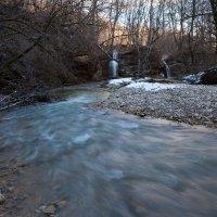 Водопад на реке Кизинка :: Владимир Куц