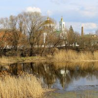 А в городе, как прежде, в пору ясную, сверкают золотые купола. :: Валентина ツ ღ✿ღ