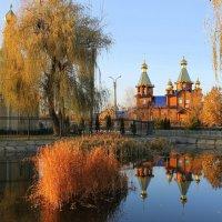 Над звонницею купол с позолотою,венчает купол золоченый крест. :: Валентина ツ ღ✿ღ