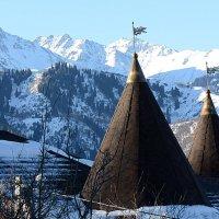 Горы правее Алматинского пика :: Асылбек Айманов
