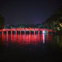 Ханой. Мост Восходящего Солнца :: Ксения Черных