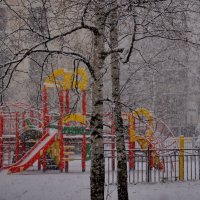 А снег идет................ :: Валентина Папилова