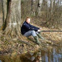 Весна и рыбак :: Наталья