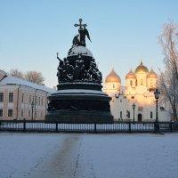 В центре новгородского кремля :: Константин Жирнов