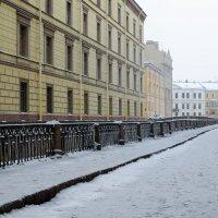 Набережная Зимней канавки :: Константин Бобинский