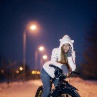 Зима-не помеха для велосипеда :: Валерия Красношлык