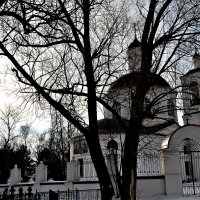 Тихвинский храм. :: Михаил Столяров