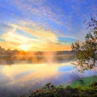 Рассвет поздней осени... :: Андрей Войцехов