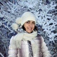 Городская снегурочка :: Zhanna Yrkovskaua