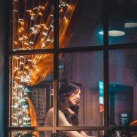 В кафе :: Valentina lEZHNEVA