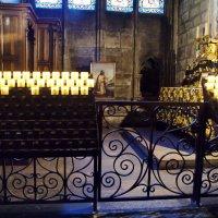 Таинство свечей.Notre-Dame de Paris :: Лара ***